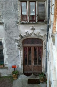 Chateau VERETZ Back Entry