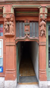 carved building tours