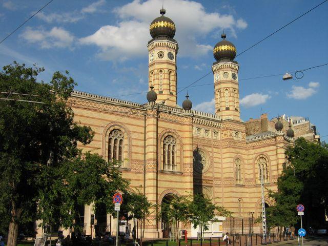 synagoguebudapest2