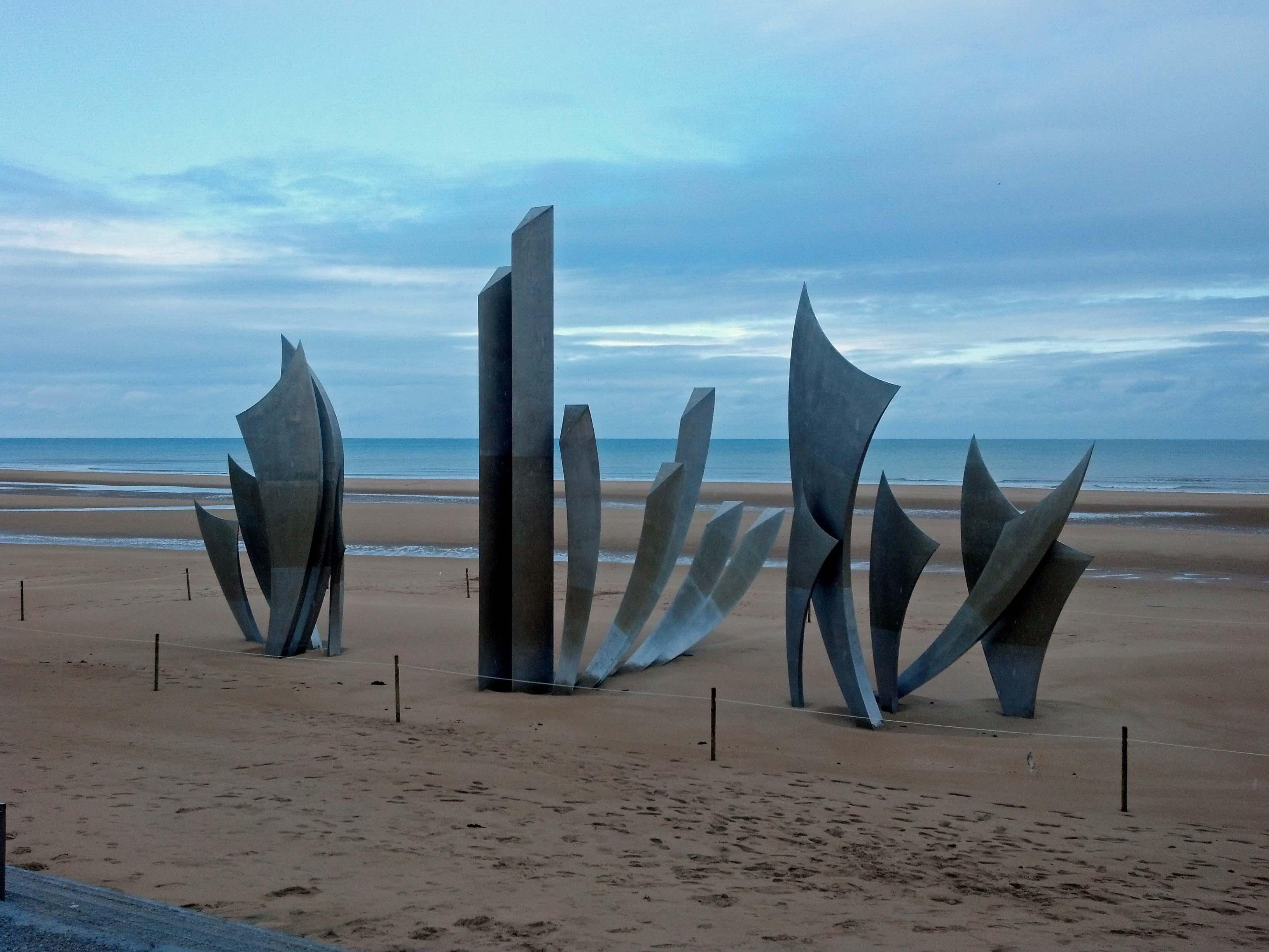 the brave - sculpture